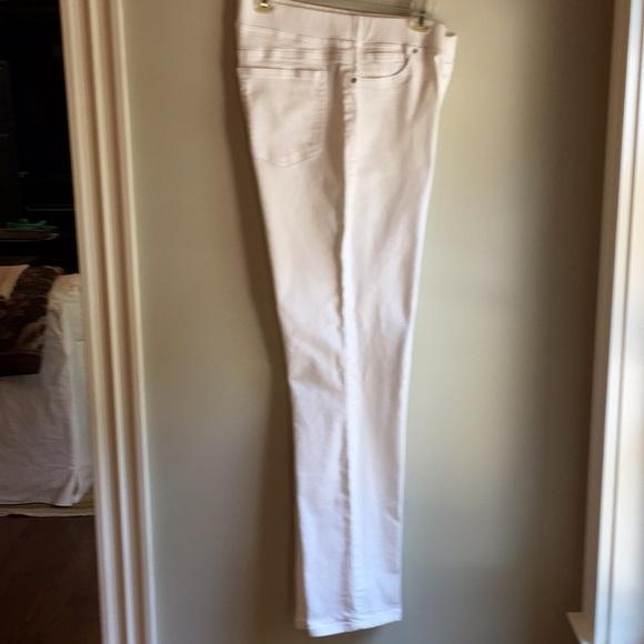Boston Proper Denim - White jeans - perfect condition